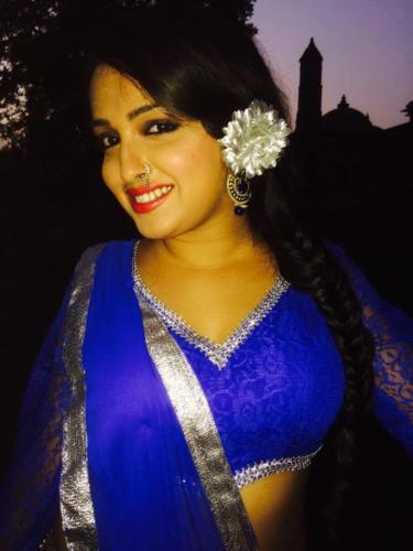 Amrapali Dubey Bhojpuri Actress HD Wallpapers (25)